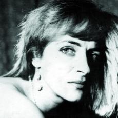 Tatiana Stepa (n.1963-d.2009), interpretă româncă de muzică folk, sursă: corina-roth.blogspot.com