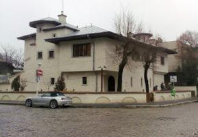 Imagini pentru muzeul zambaccian