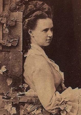 Imagini pentru Marea Ducesă Maria Alexandrovna a Rusiei, mama reginei Maria