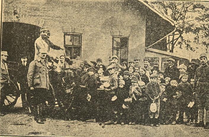 Image result for armata romana la budapesta photos 1919