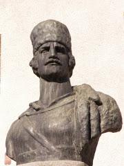 Image result for bustul lui avram iancu realizat de sculptorul Romulus Ladea la baia de criş