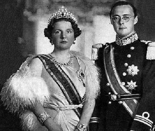 Imagini pentru regina juliana a olandei si prințul consort