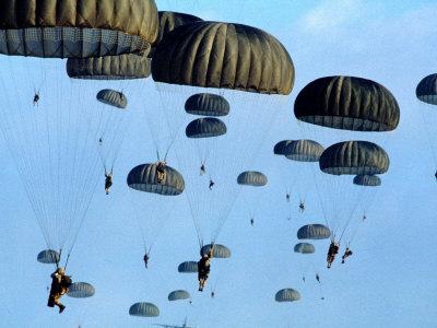 UNIUNEA MAISTRILOR MILITARI si SUBOFITERILOR in REZERVA din ROMANIA : - Ziua  Paraşutiştilor Militari